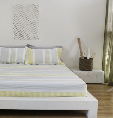 Broad Border Cotton Bed Sheet – Yellow- With 2 pillow covers