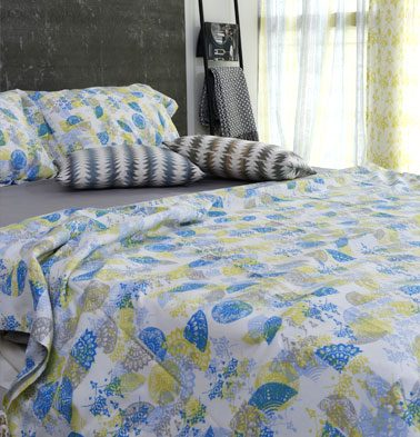 Scattered Semi Print Cotton Bed Sheet – Yellow- With 2 pillow covers