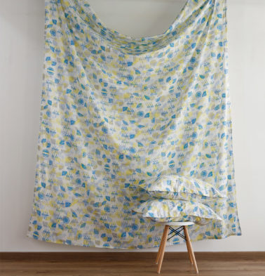 Scattered Semi Print Cotton Fitted Bedsheet - Yellow