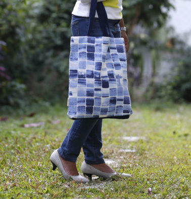 Brush Stroke Cubes Cotton Tote Bag Blue