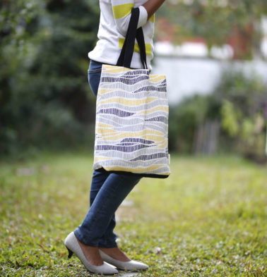 Wave Texture Cotton Tote Bag Lemon Chrome