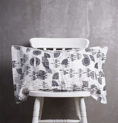 Scattered Semi Cotton Pillow Cover Black