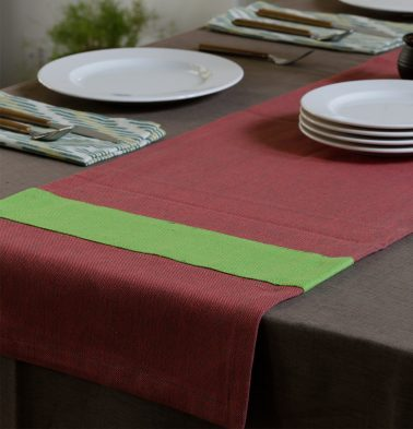 Chambray Cotton Table Runner Chrysanthemum/Lime 14