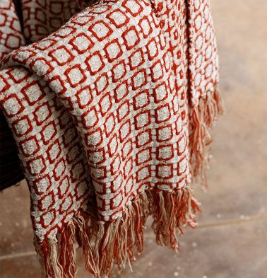 Kaithari Handwoven Cotton Throw Red/White