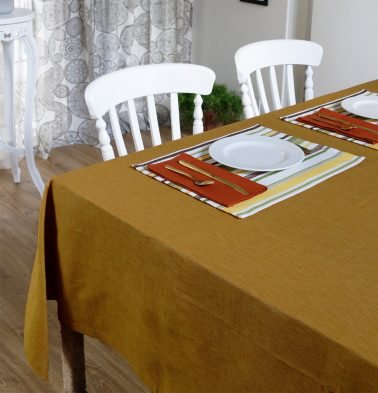 Textura Cotton Table Cloth Golden Oak 60