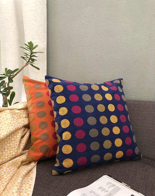 polka-cushion-covers