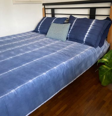 Midnight Blue Tie and Dye Cotton Bedsheet  - With 2 pillow covers