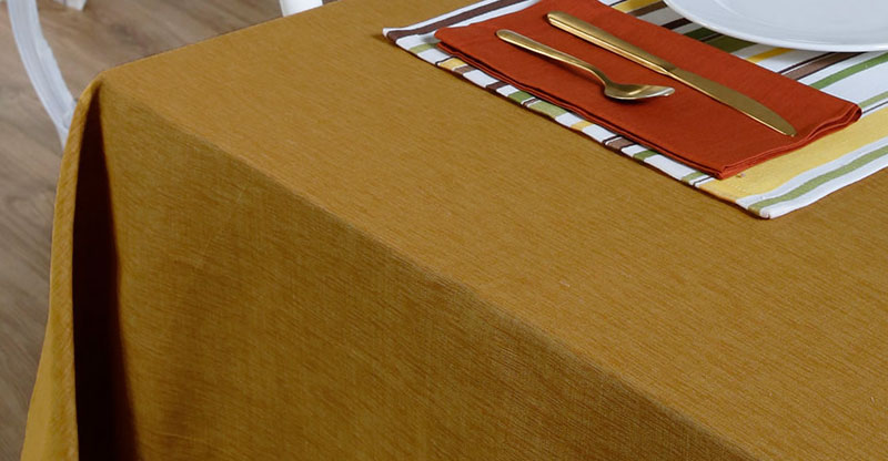 Textura Cotton Table Cloth Golden Oak 60″ x 90″